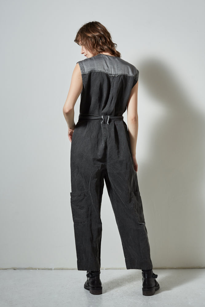 EXPLORER SLEEVELESS BELTED JUMPSUIT- IRON