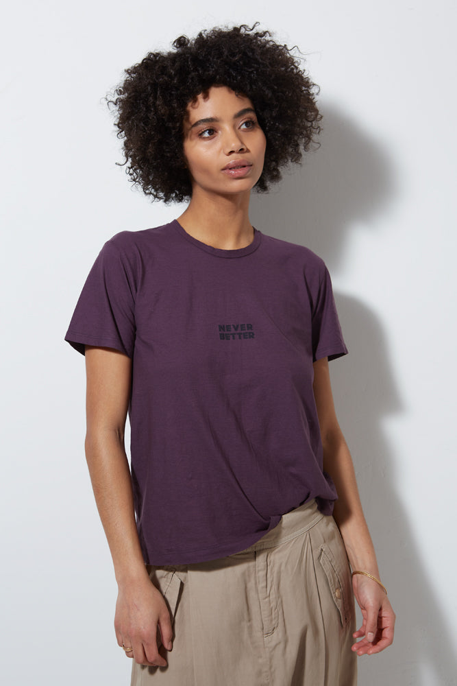 GRAPHIC TEE NEVER BETTER SHORT SLEEVE, EGGPLANT