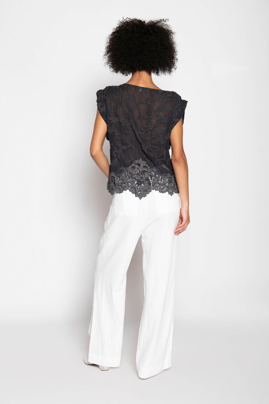 LOTUSLAND EMBROIDERED TOP, CHARCOAL