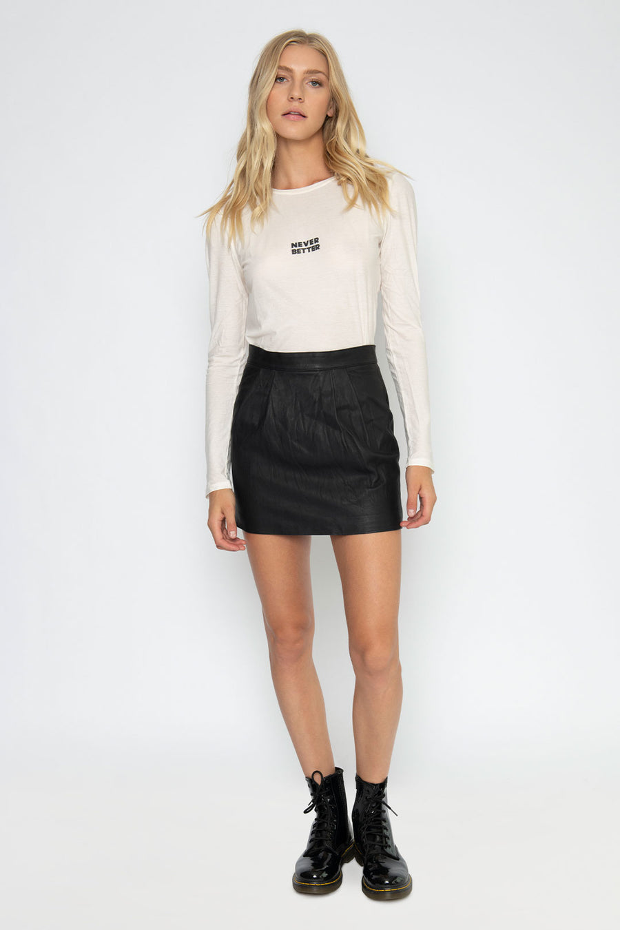 WASHED LEATHER MINI SKIRT, BLACK