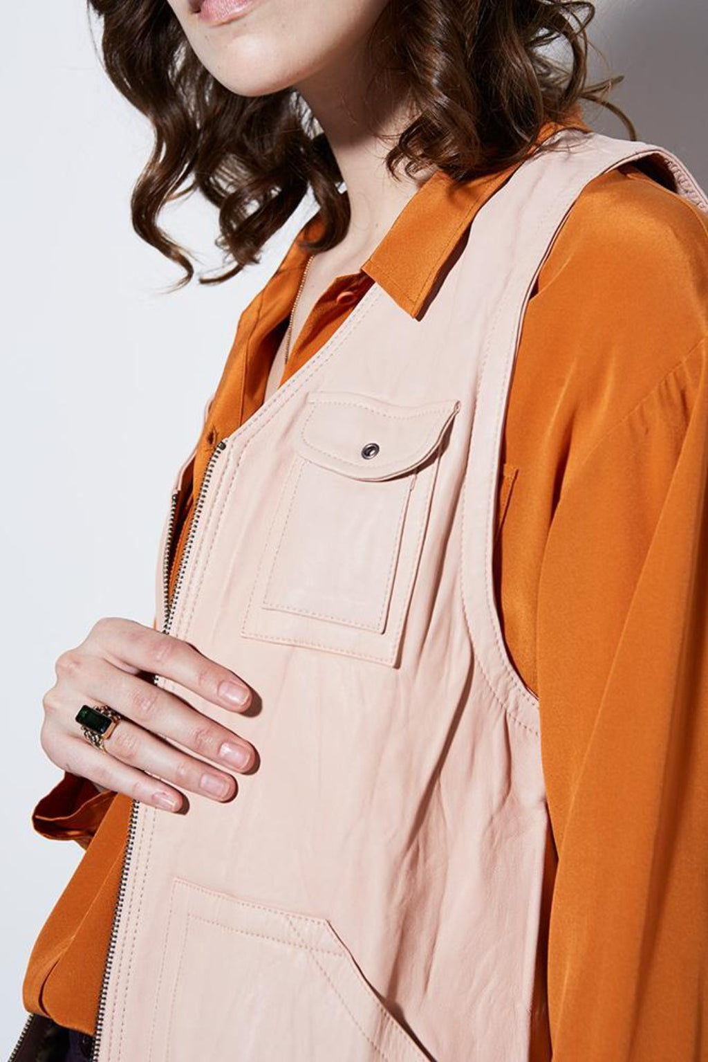 WASHED LEATHER VEST- BLUSH