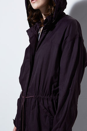 CIRRUS TRENCH COAT, EGGPLANT