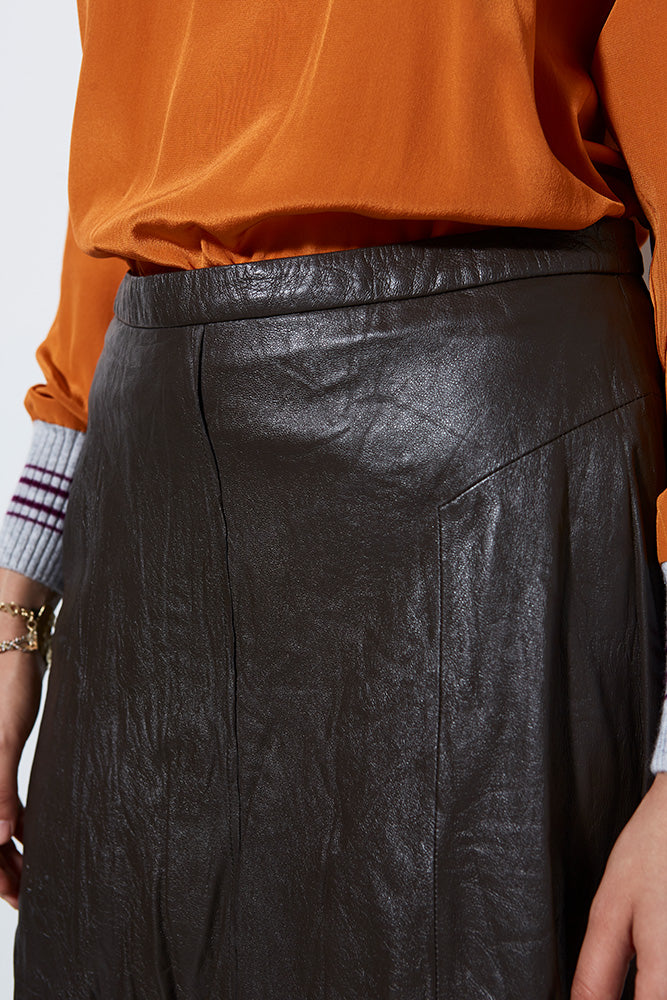 WASHED LEATHER SKIRT, MOCHA