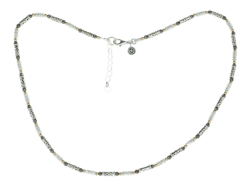 Seoidin Silver Glitzy Necklace