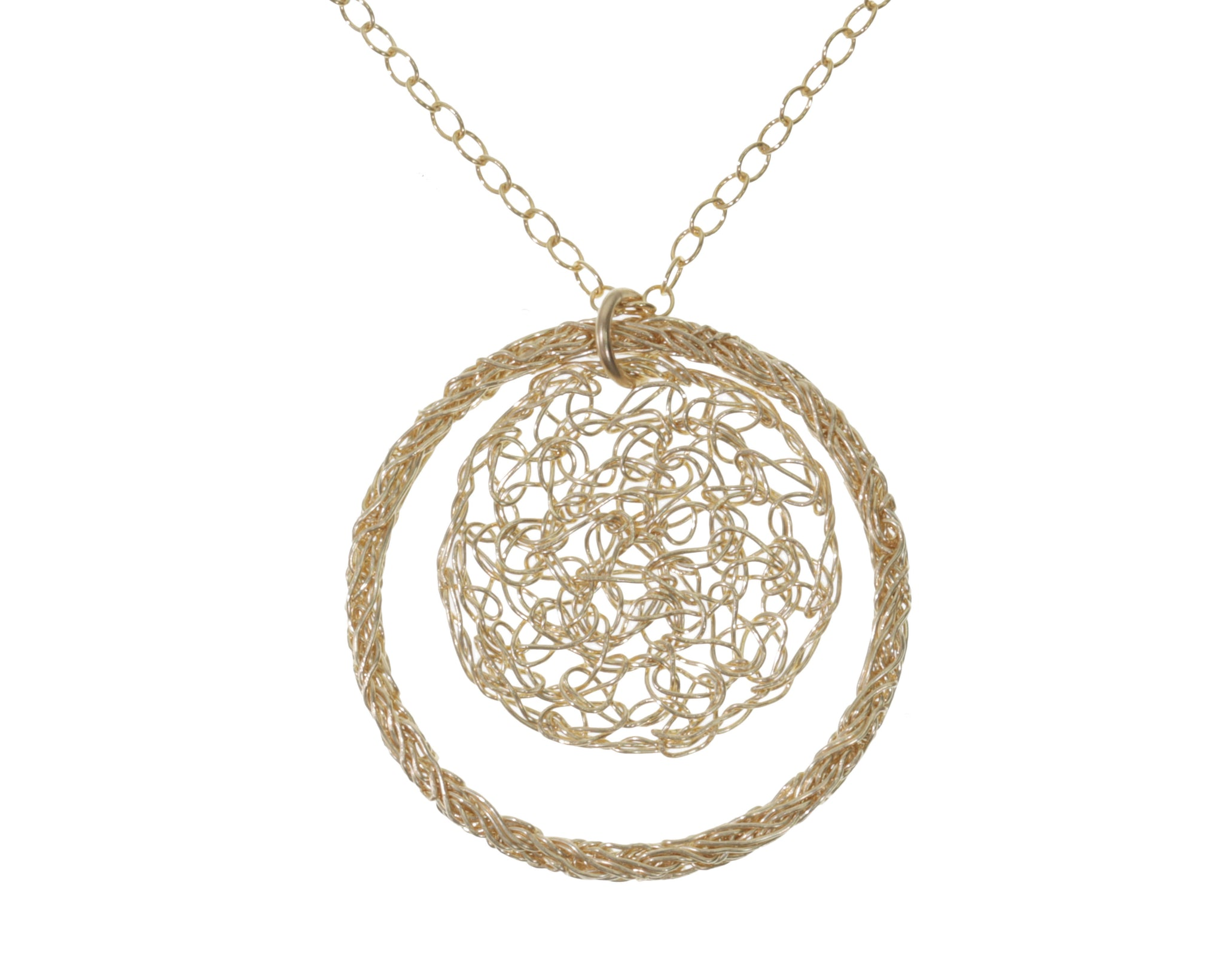 Crochet Circle Yellow Gold Pendant