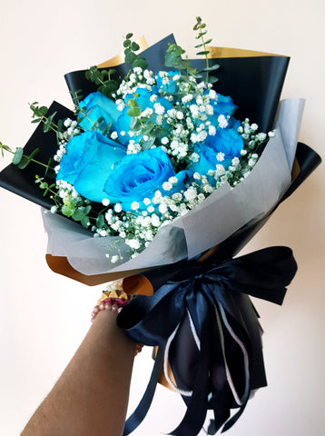 Eliya - The Blue Roses Bouquet