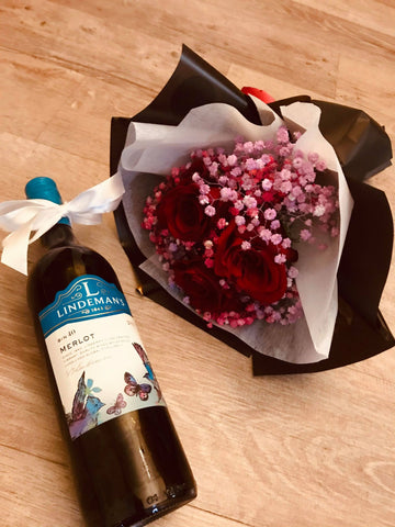 The Wine Party Bouquet and Red Wine set