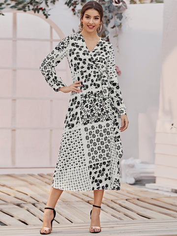 Graphic Pattern Wrap Tie Side Dress