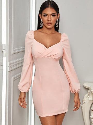 Zip Back Sweetheart Neck Fitted Dress