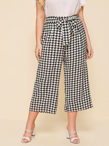 Plus Houndstooth Belted Cropped Pants