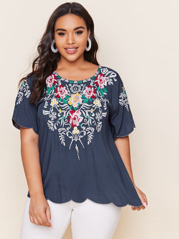 Plus Floral Embroidery Scallop Trim Top