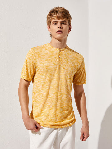 Men Buttoned Neck Space Dye Top