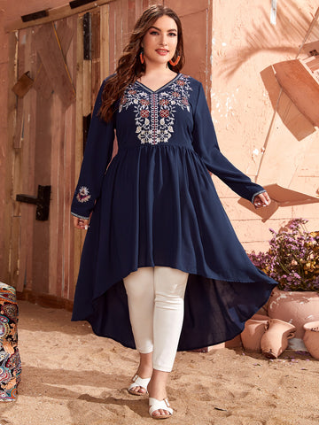 Plus Floral Embroidered Dip Hem Tunic Blouse