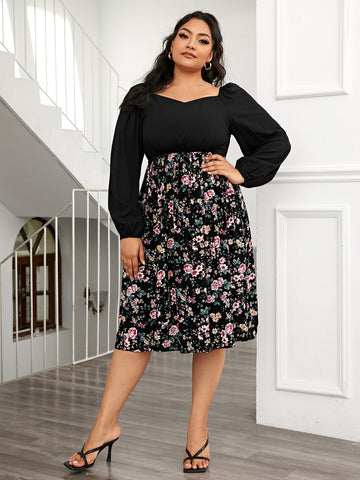 Plus Sweetheart Neck Contrast Floral Panel Dress