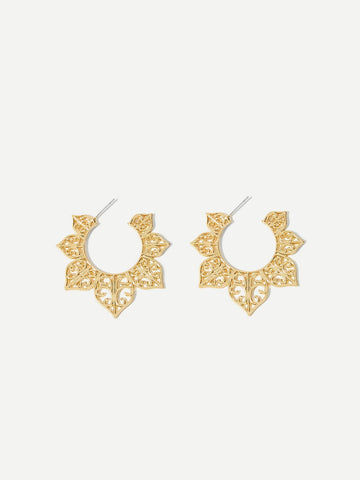 Hollow Flower Hoop Earrings 1pair | Amy's Cart Singapore