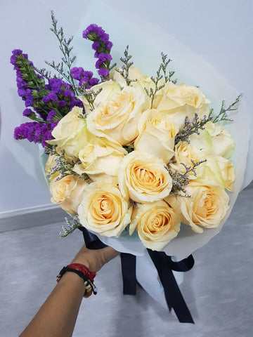CAMILA - CHAMPAGNE ROSES & PURPLE STATICE FLOWER BOUQUET | Amy's Cart Singapore