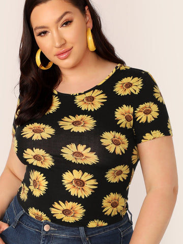 Plus Daisy Floral Form Fitted Top | Amy's Cart Singapore