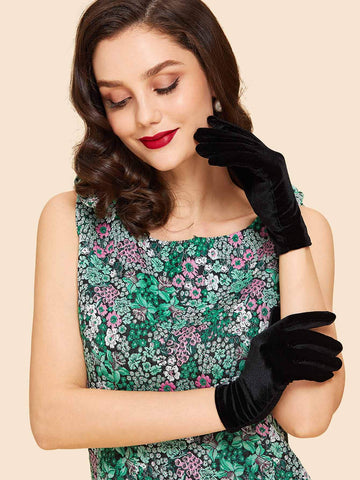 Plain Velvet Gloves | Amy's Cart Singapore