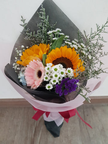 Ayna - 2 Sunflower, 1 Gerbera Bouquet Mix | Amy's Cart Singapore