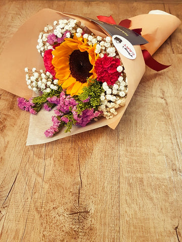 JANVI - SUNFLOWER BOUQUET | Amy's Cart Singapore