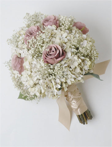 Kenya Roses + Baby's Breath Bridal Bouquet. | Amy's Cart Singapore