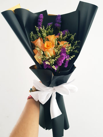 RAAJ - THE BLACK & BOLD BOUQUET