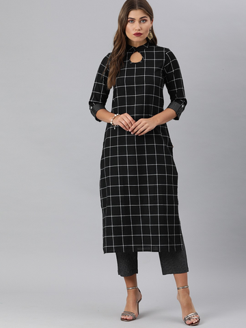 Women Checked Kurta with Trousers
