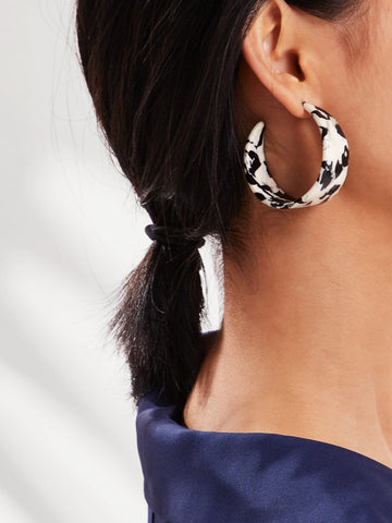 Cow Pattern Wide Hoop Earrings 1pair | Amy's Cart Singapore
