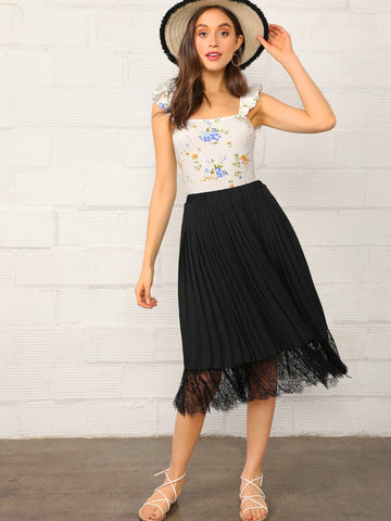 Solid Eyelash Lace Hem Pleated Skirt | Amy's Cart Singapore