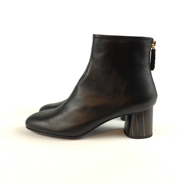 AGL - D140567 (Leather Ankle Boot)