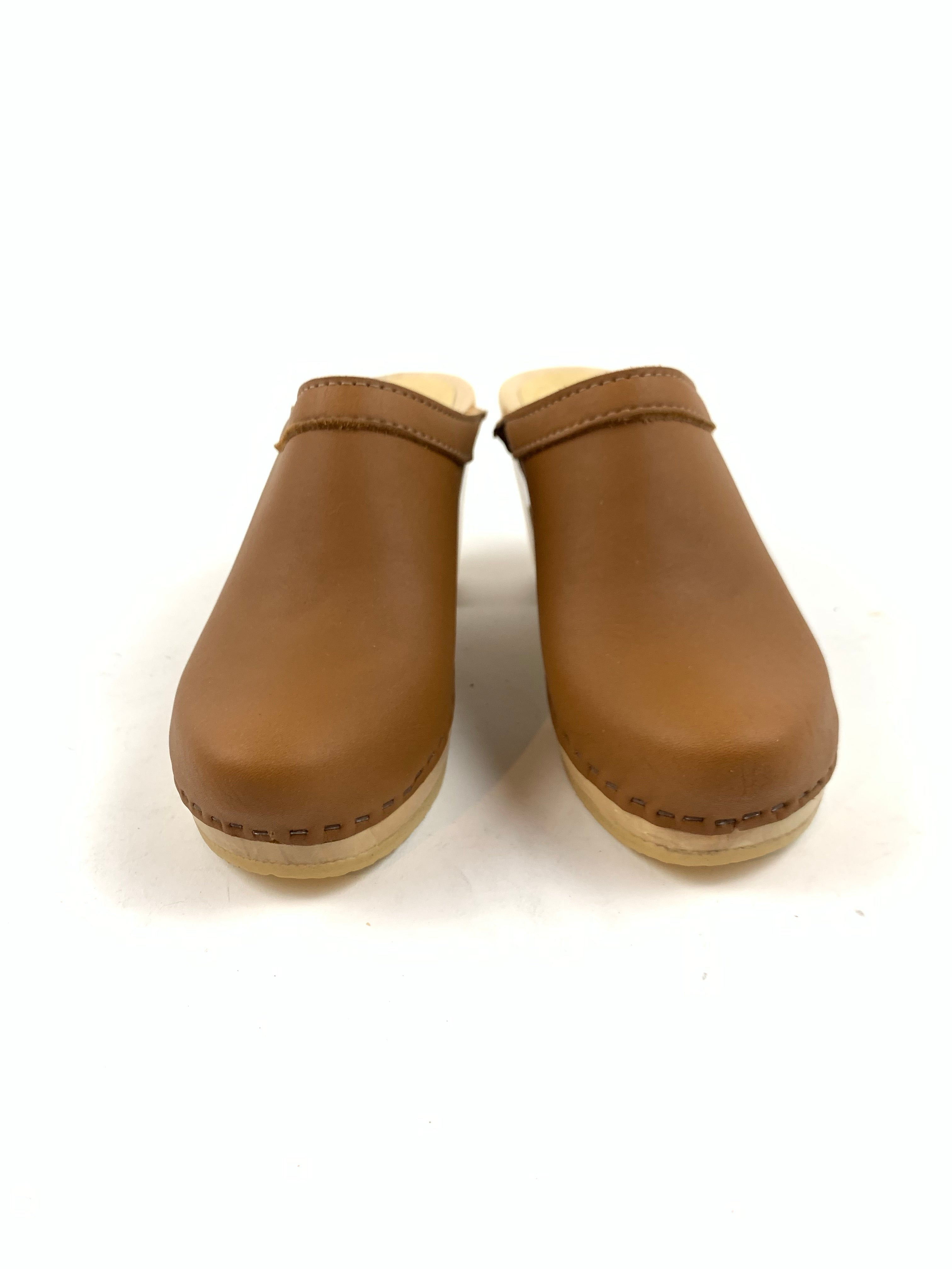 No. 6 - Old School Clog on High Heel (Palomino)
