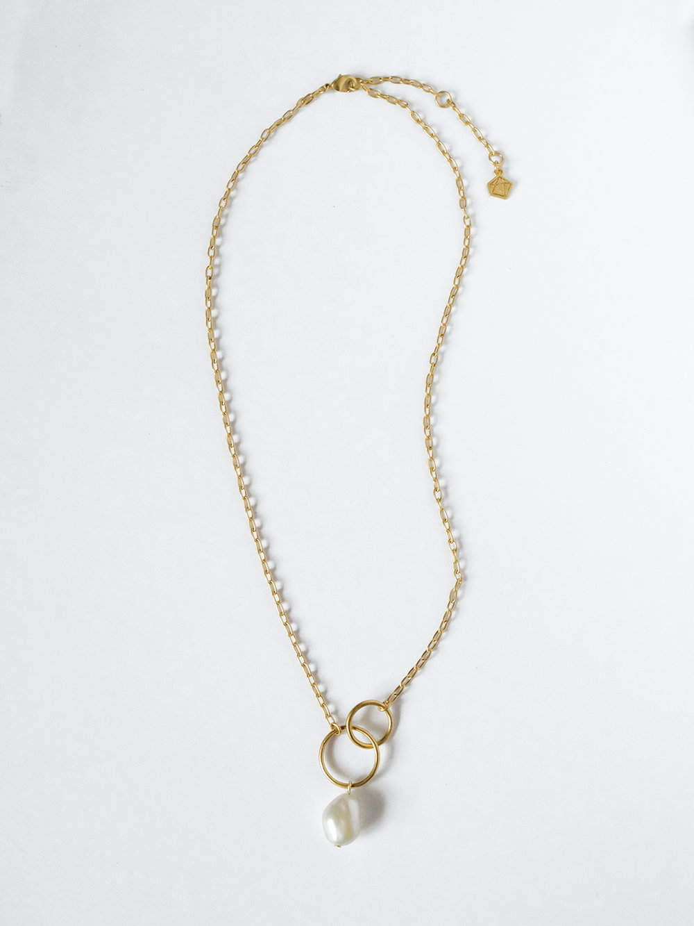 Sara Golden - Baroque Pearl Necklace