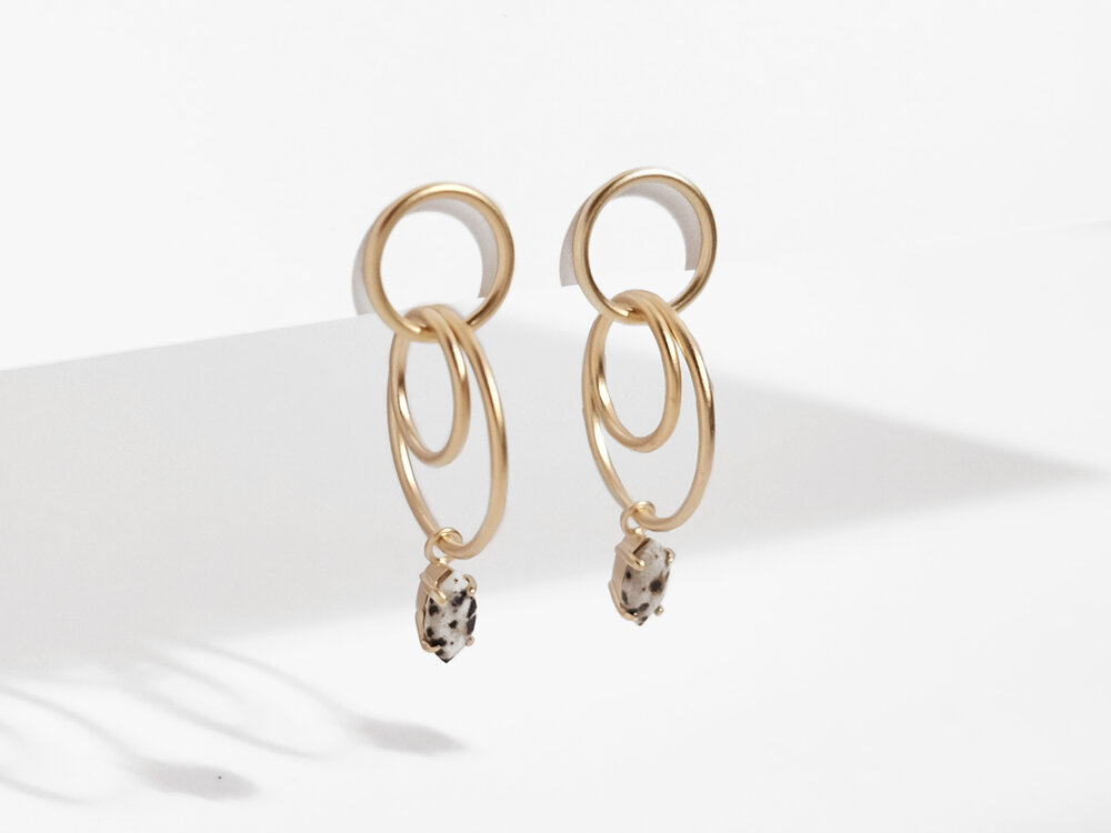 Sara Golden - Linked Stone Drop Earrings