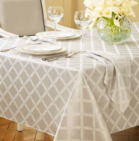 Laurel Leaf Tablecloth