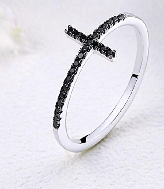 MYRA Cross Ring - Ellie J Shoppe