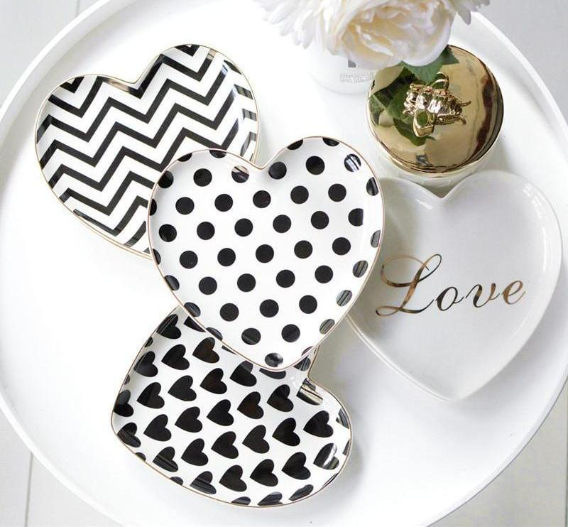 Heart Shaped Ceramic Plate - Ellie J Shoppe