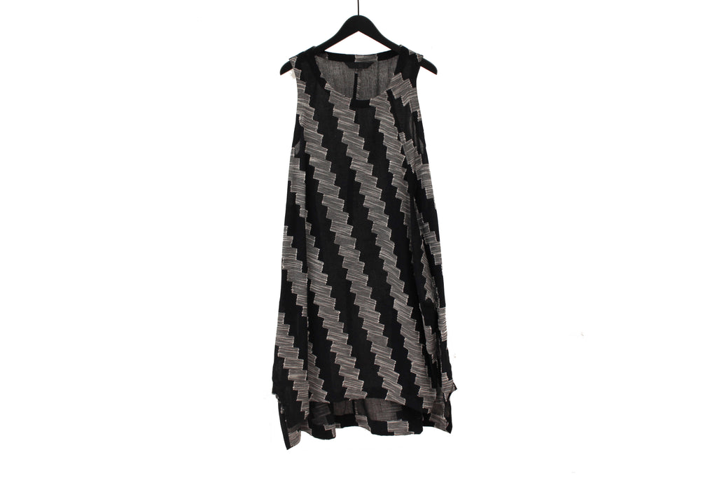 Moyuru Midnight Blue Zig-Zag Dress