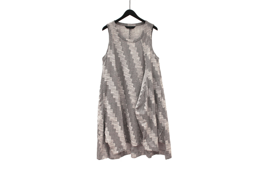 Moyuru Grey Zig-Zag Dress