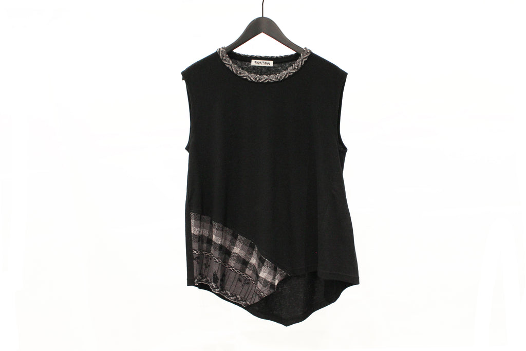 M&Kyoko Black Knitted Sleeveless Top