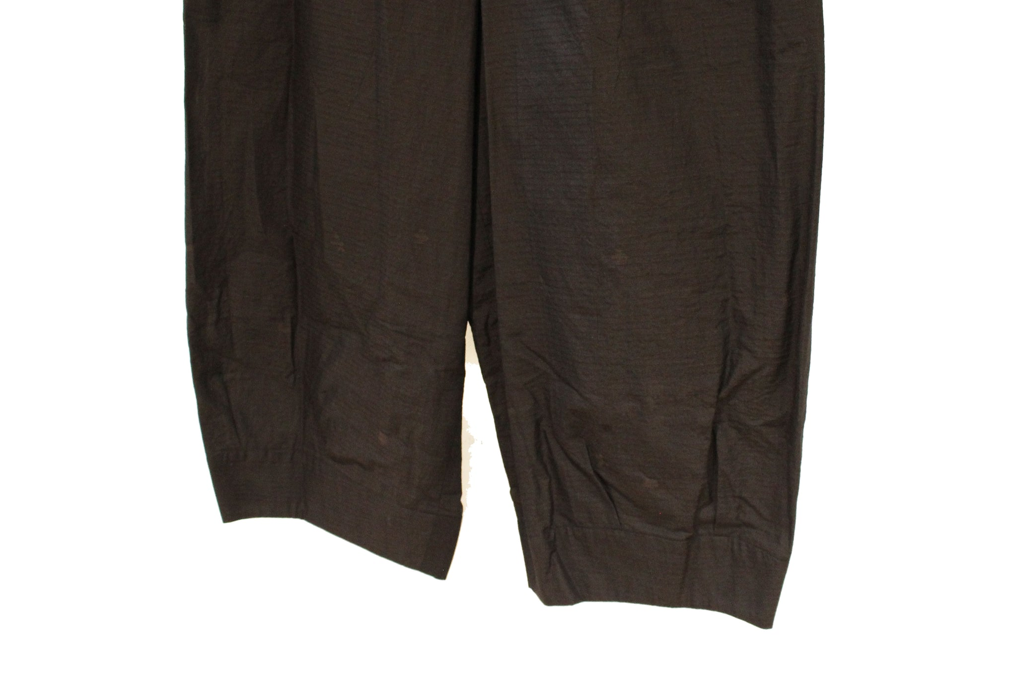 JI-U Dark Brown Textured Trousers