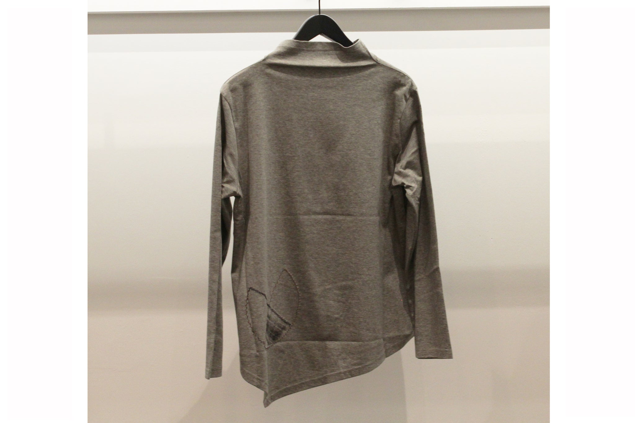 JI-U Grey Geometric Pattern Long Sleeve Top