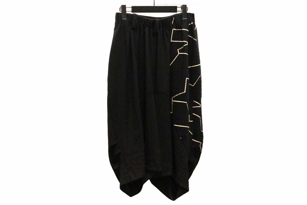 Moyuru Black Geometric Pattern Harem Trousers