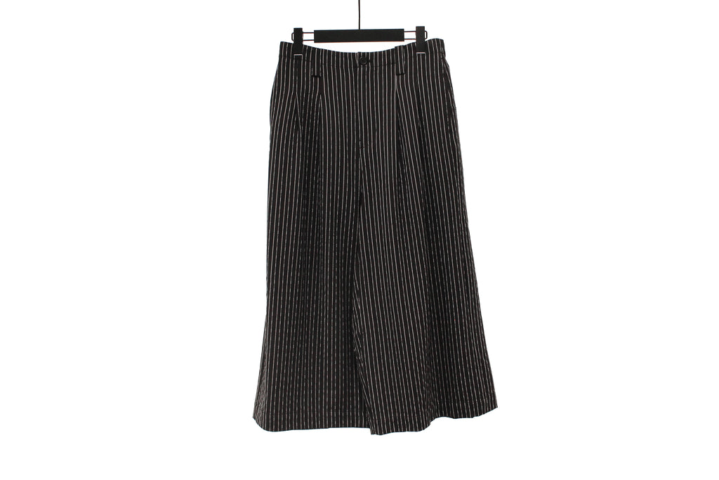 Moyuru Black Striped Wide Trousers