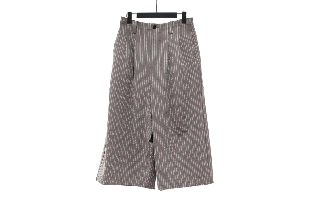 Moyuru Grey Striped Wide Trousers