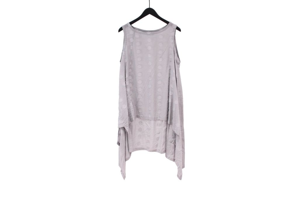 Moyuru Grey Sleeveless Dotted Top