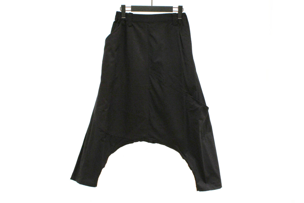Moyuru Black Low Crotch Trousers