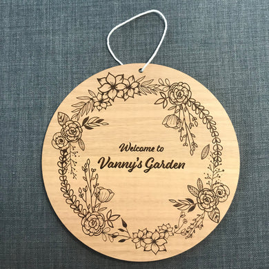 Hanging Sign - Round Floral - Tasmanian Oak - Wilson-Made