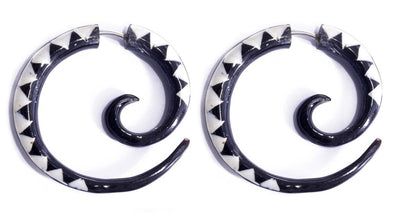Carved Horn Spiral Fake Gauges