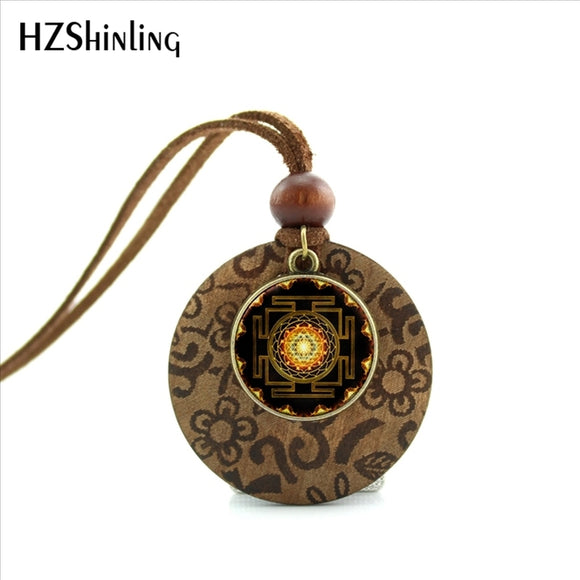 2017 New Arrival Round Wooden Jewelry Chakra Spiritual Buddhist Sri Yantra Necklace Sacred Geometry Sri Yantra Necklace