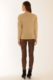 Button detail jumper 32053